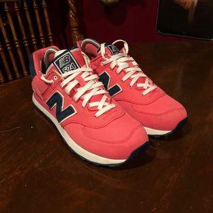 Women's New Balance 574 Pink